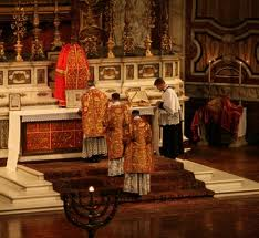 Solemn Mass (Sung Latin) at the Brompton Oratory. BTW, this is (formally) Novus Ordo, too.