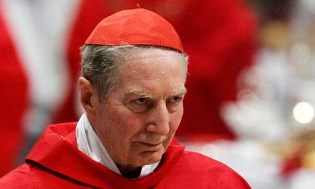 Hace que su frialdad sangre ... el cardenal Carlo Maria Martini.